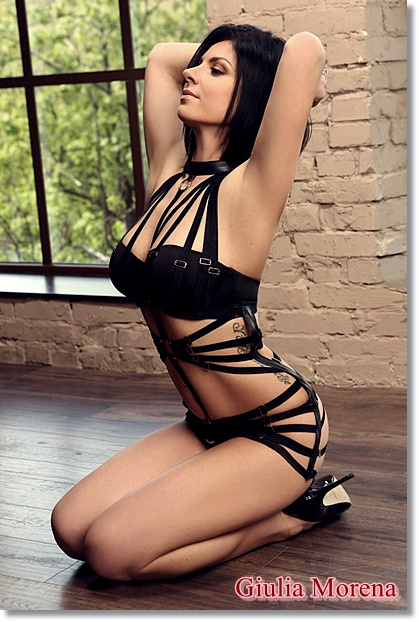 INDEPENDENT ESCORT GIRL BARRA AVENIDA LUCIO COSTA – GIULIA MORENA